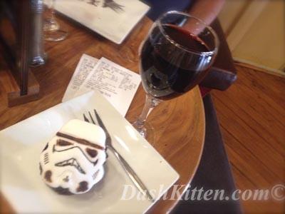 Star Wars Cake at Dash Kitten